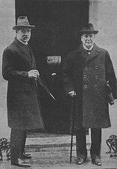 172px-Ramsay_MacDonald_Christian_Rakovsky_1924.jpg
