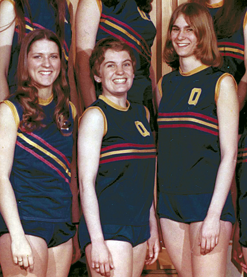 1974-Track-team-cropped----Kathy-Wynne.jpg