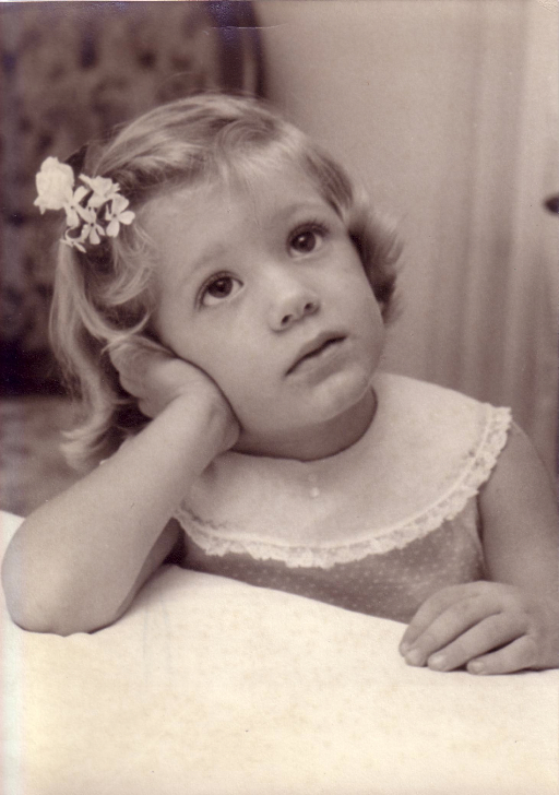 Carolyn Hamlett Little Girl .jpg