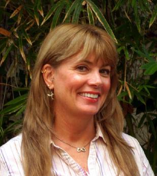 Carolyn Hamlett.jpg