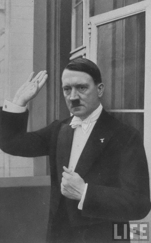 Hitler bei einer Neujahrsfeier von 1936