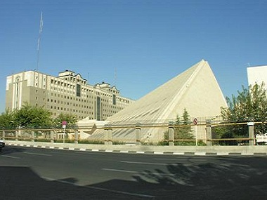 Iran-Parliament_Wikimedia-Commons.jpg