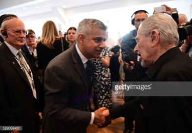 Khanmasonic-handshake.jpg