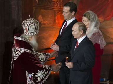 Putin-Easter-service-ap-640x480.jpg