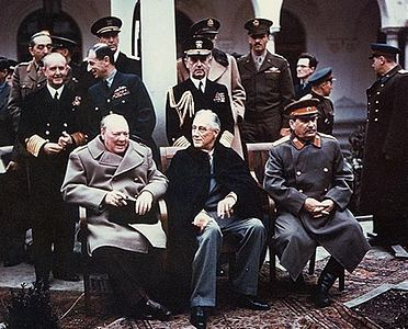 Yalta_summit_1945_with_Churchill, _Roosevelt, _Stalin.jpg