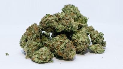 bud-cannabis-dope-372431-e1537304767720.jpg