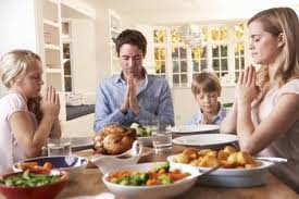 family-dinner-prayer.jpg