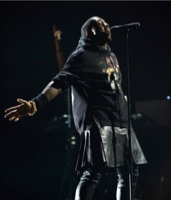 kanye-west-skirt-12-12-12-concert-glamazons-blog-3.jpg