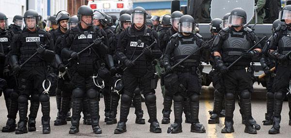 http://henrymakow.com/upload_images/policestate.jpg