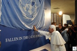 pope-blessing-un-flag-thumb.jpg