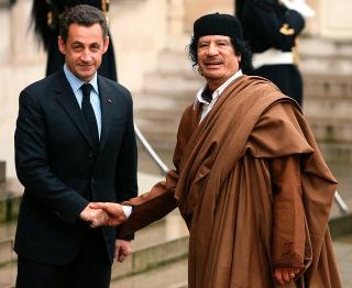 sarkozy-gaddafi_.jpg