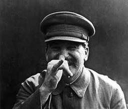 stalin_clown1.jpg