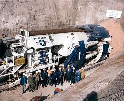 tunnelmachineairforce.jpg